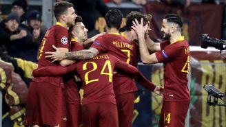 La Roma celebra una anotación frente al Porto