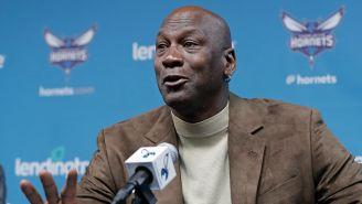 Jordan, durante conferencia de prensa de los Hornets