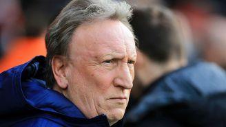 Neil Warnock, técnico del Cardiff City