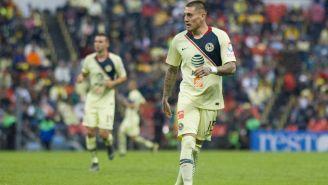 Nico durante su primer encuentro con América en el Estadio Azteca
