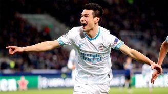 Hirving Lozano festeja gol con el PSV