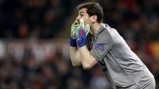 Iker Casillas durante un duelo del Porto