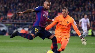 Prince Boateng disputando un balón ante el Valladolid
