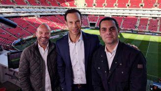García, Zague y Martinoli en el Estadio Akron