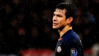 Lozano se lamenta en el partido contra Utrecht