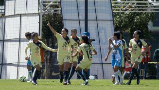 América Femenil celebra su anotación frente a Pachuca