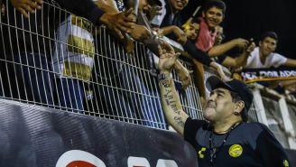 Maradona festeja triunfo contra Dorados