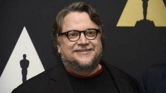 Guillermo del Toro en la Alfombra roja de los Premios Oscar