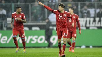 Muller festejando un gol con el Bayern