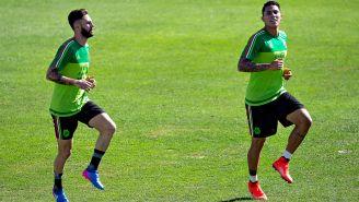Layún y Salcedo, durante un entrenamiento con el Tri
