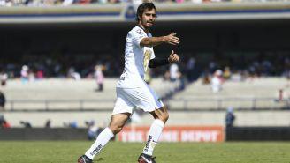 Alejandro Arribas durante un partido con Pumas
