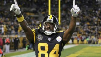 Antonio Brown durante un partido de los Steelers