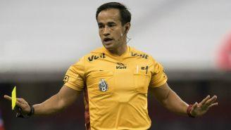 Jorge Isaac Rojas durante un duelo de Liga MX
