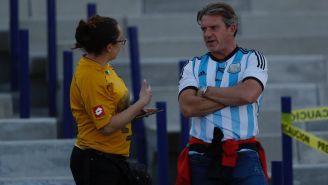 Aficionados de Argentina y Pumas platican en CU