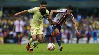 Oribe Peralta durante el Clásico Nacional