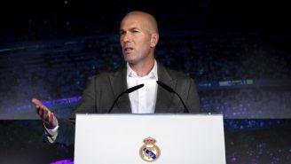 Zidane durante su presentación con el Real Madrid