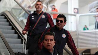 José Cardozo en el aeropuerto rumbo a Guadalajara