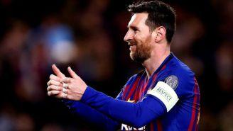 Messi celebra uno de sus goles contra Lyon