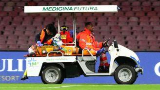 Ospina en el carrito de emergencias tras desmayarse