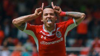 Rodrigo Salinas festejando su gol al minuto 95