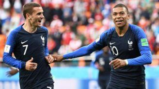 Griezmann y Mbappé durante un partido con la Selección de Francia