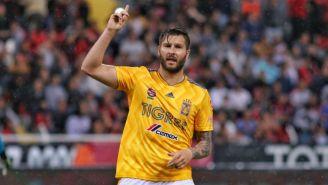 Gignac celebra tras marcar un gol con Tigres