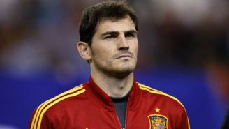 Iker Casillas durante un partido con la selección española