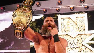 Tommaso Ciampa sostiene el campeonato de NXT