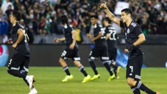 Raúl celebra anotación con la Selección Nacional