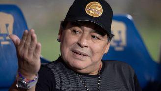 Maradona observa el duelo de Dorados