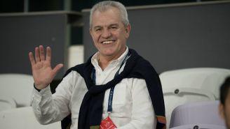 Javier Aguirre en la tribuna durante un partido