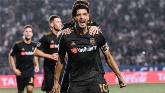 Carlos Vela festejando un gol con LAFC