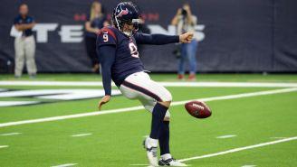 Shane Lechler durante un juego con los Texans
