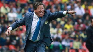 Miguel Herrera en el partido contra Xolos