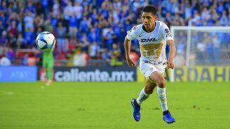 Idekel Domínguez durante un partido con Pumas