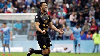 Jesús Chávez festeja un gol con Dorados