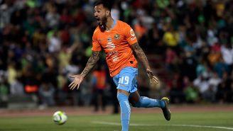 Aguilera festeja su gol de penalti ante Juárez en la Final
