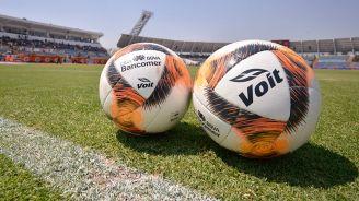 Balones de la Liga MX, previo a un cotejo