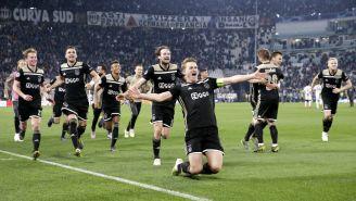 Ajax celebra una anotación frente a la Juventus