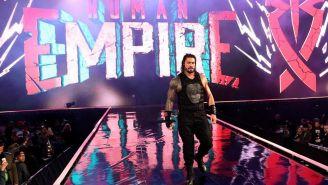 Roman Reigns hace su entrada en WrestleMania 35