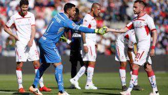 Talavera y Mancuello, durante el juego de la J14 ante Gallos