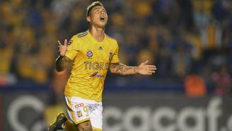 Edu Vargas durante un juego de Tigres