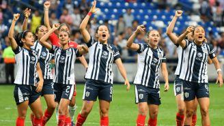 Las Rayadas celebran un triunfo frente a Santos Laguna