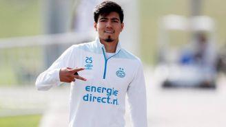 Erick Gutiérrez, durante un entrenamiento con el PSV
