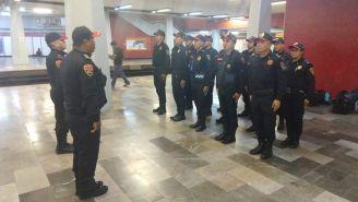 Agentes auxiliares del Metro de la Ciudad de México