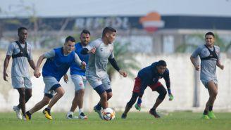 Jugadores de Veracruz durante el entrenamiento
