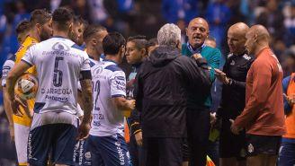 Tuca Ferretti se encaró con el Chelís al término del partido