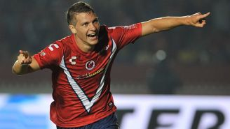 Julio Furch festeja gol contra América