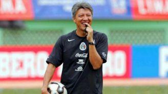 Chucho Ramírez dirige una práctica del Tri Sub 17