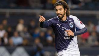 Rodolfo Pizarro celebra una anotación frente al Sporting